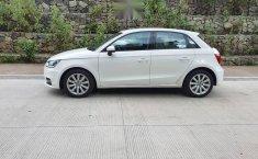 Auto Audi A1 2018 de único dueño en buen estado-14