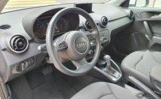 Auto Audi A1 2018 de único dueño en buen estado-12