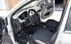 *Ford Fiesta Ikon 2015   Hatchback   Muy buen estado-6
