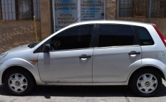*Ford Fiesta Ikon 2015   Hatchback   Muy buen estado-5