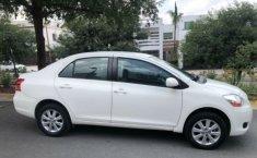 Toyota Yaris 2011 barato en Monterrey-8