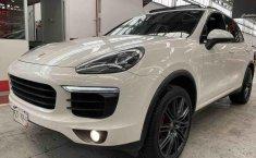 Porsche Cayenne  S 2015 en buena condicción-10