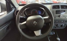 Se pone en venta Renault Kwid Iconic 2020-5