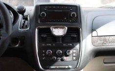 Chrysler Town & Country 2014 5p LX V6/3.6 Aut-17