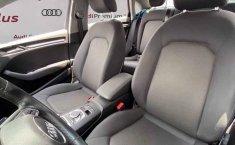 Audi A3 2019 4p Sedan Dynamic L4/1.4/T Aut-3