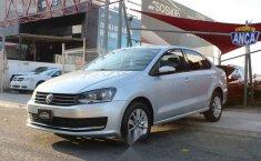 Volkswagen Vento 2018 4p Comfortline L4/1.6 Aut-5
