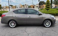 Pongo a la venta cuanto antes posible un Nissan Versa en excelente condicción-0