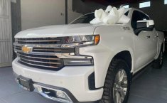 Chevrolet Cheyenne 2019 impecable en Guadalajara-6