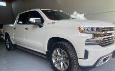 Chevrolet Cheyenne 2019 impecable en Guadalajara-4