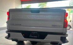 Chevrolet Cheyenne 2019 impecable en Guadalajara-3