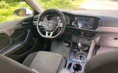 Auto Volkswagen Jetta Trendline 2019 de único dueño en buen estado-2