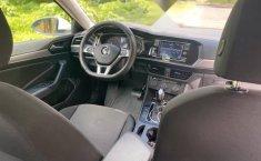 Auto Volkswagen Jetta Trendline 2019 de único dueño en buen estado-1