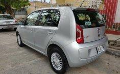 Volkswagen Up! 2017 barato en Zapopan-8
