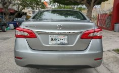 Nissan Sentra 2013 barato en Zapopan-4