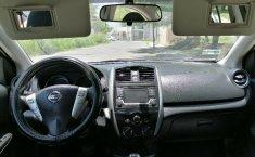 Auto Nissan Versa Advance 2016 de único dueño en buen estado-4