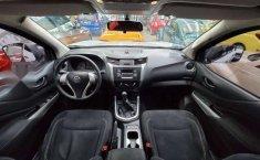 Nissan Np300 Doble Cabina 2016-10
