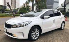 Kia Forte EX Hatchback 2018-15