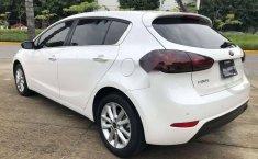 Kia Forte EX Hatchback 2018-14