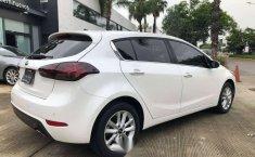 Kia Forte EX Hatchback 2018-12