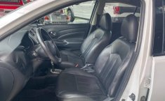Nissan Versa 2014 1.6 Exclusive At-8