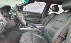 Ford Explorer 2012 en buena condicción-17