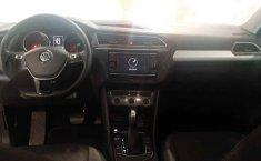 Volkswagen Tiguan 2020 5p Trendline plus 1.4 L4/1.-17