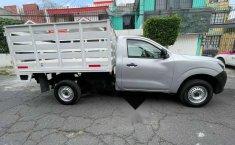 Nissan NP300 2.5 Estacas Dh Aa Pack Seg Mt-8