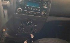 Auto Nissan Versa 2017 de único dueño en buen estado-5