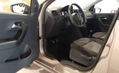 Volkswagen Vento 2020 4p Starline L4/1.6 Man-11
