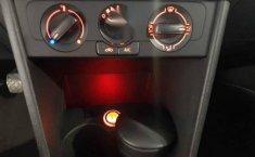 Volkswagen Vento 2020 4p Starline L4/1.6 Man-12