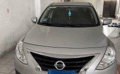 Auto Nissan Versa 2017 de único dueño en buen estado-1