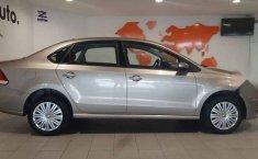 Volkswagen Vento 2020 4p Starline L4/1.6 Man-4