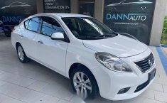 Nissan Versa 2014 1.6 Exclusive At-3