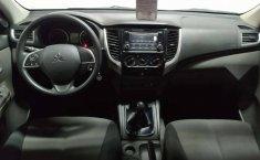 Venta de Mitsubishi L200 2018 usado Manual a un precio de 339000 en Álvaro Obregón-1