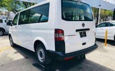 Se vende urgemente Volkswagen Transporter Pasajeros 2015 en Guadalajara-0