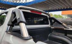 Nissan Np300 Doble Cabina 2016-0