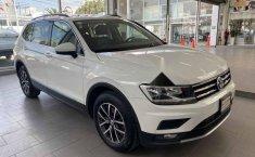 Volkswagen Tiguan 2018 5p Comfortline L4/1.4/T Aut-13