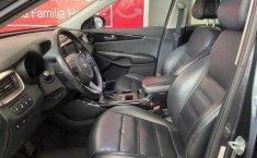 Kia Sorento 2016 5p EX PACK, V6 TA Piel QCP GPS 7-18