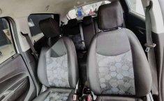 Auto Chevrolet Spark LTZ 2018 de único dueño en buen estado-9
