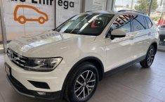 Volkswagen Tiguan 2018 5p Comfortline L4/1.4/T Aut-12