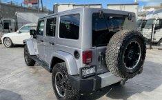 Jeep Wrangler 2014 en buena condicción-23