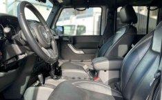 Jeep Wrangler 2014 en buena condicción-22