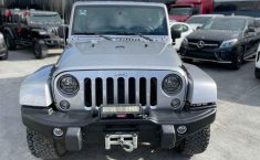 Jeep Wrangler 2014 en buena condicción-19