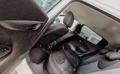 Auto Chevrolet Spark LTZ 2018 de único dueño en buen estado-6
