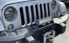 Jeep Wrangler 2014 en buena condicción-18