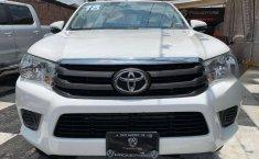 Se pone en venta Toyota Hilux 2018-10