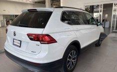 Volkswagen Tiguan 2018 5p Comfortline L4/1.4/T Aut-8