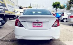Nissan Versa 2017 1.6 Advance At-8