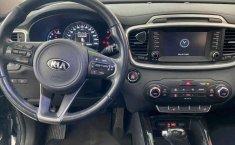 Kia Sorento 2016 5p EX PACK, V6 TA Piel QCP GPS 7-14