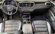 Kia Sorento 2016 5p EX PACK, V6 TA Piel QCP GPS 7-12